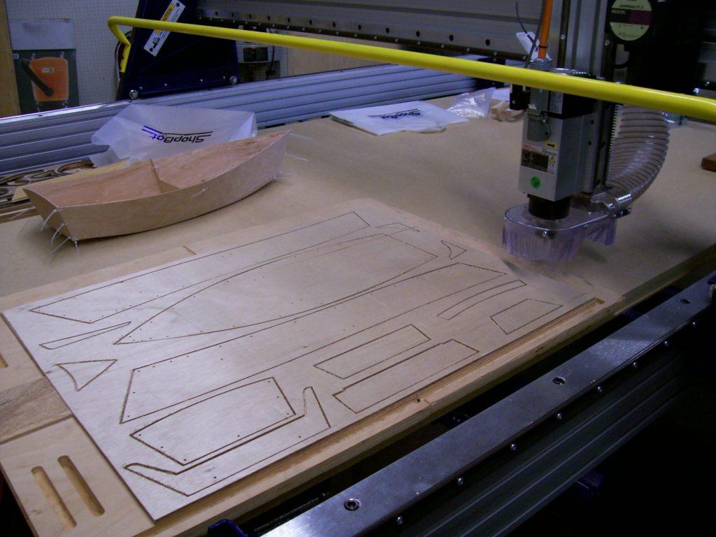 Procesul de rutare CNC cu un ruter de lemn