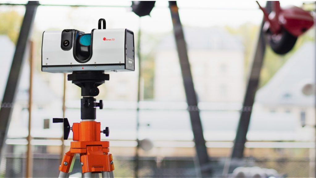 Scanner 3D portabil pentru utilizare in interior sau in exterior